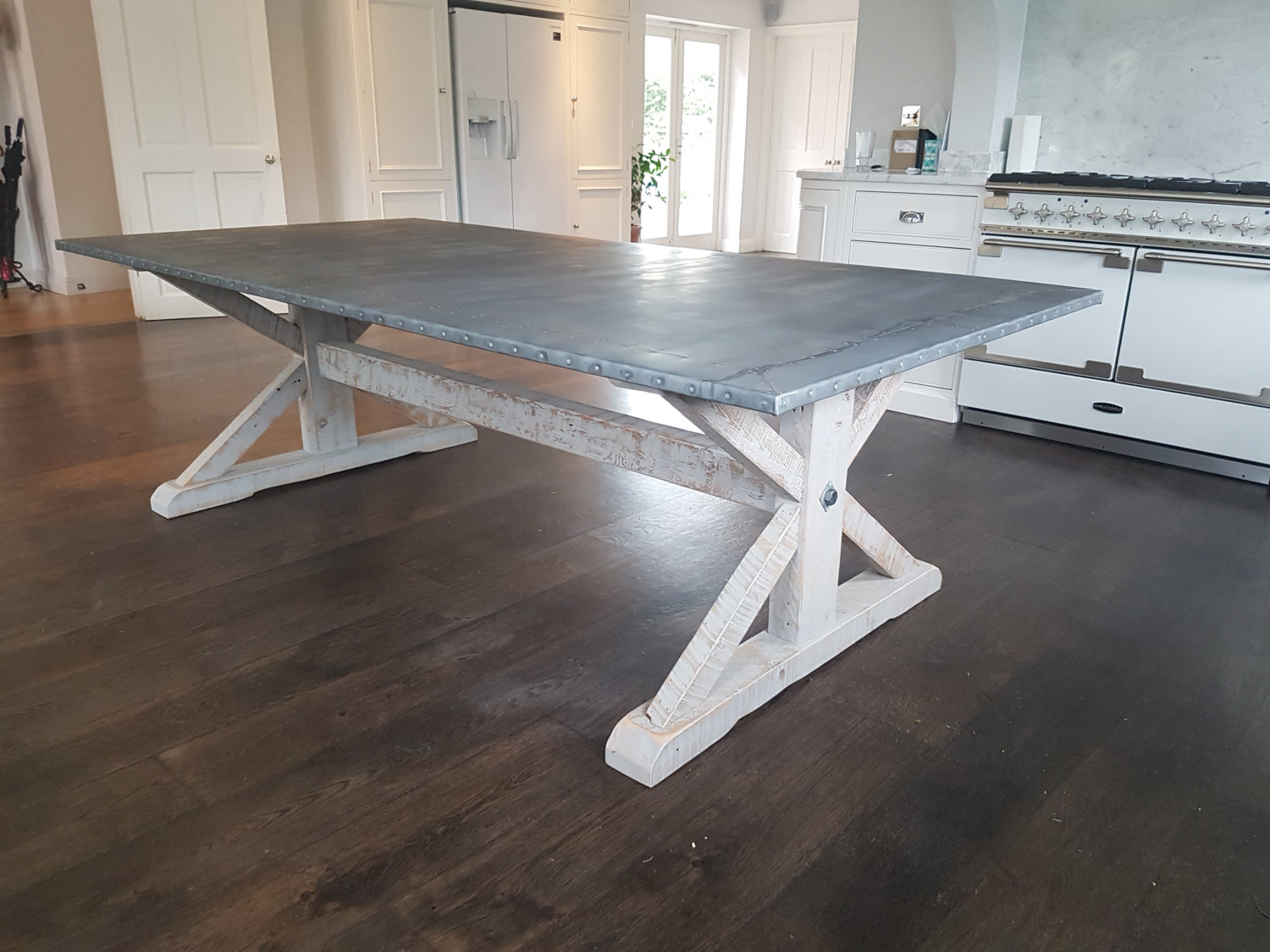 We can make these zinc top tables to order. Any colour and size .....